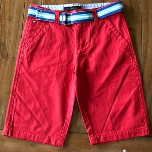 NEW w/o Tags! Tommy Hilfiger belted chino shorts